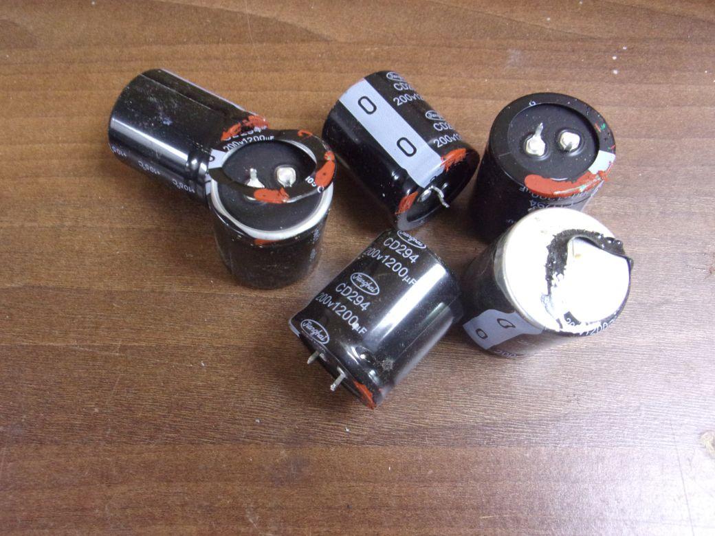Capacitors_0005.JPG