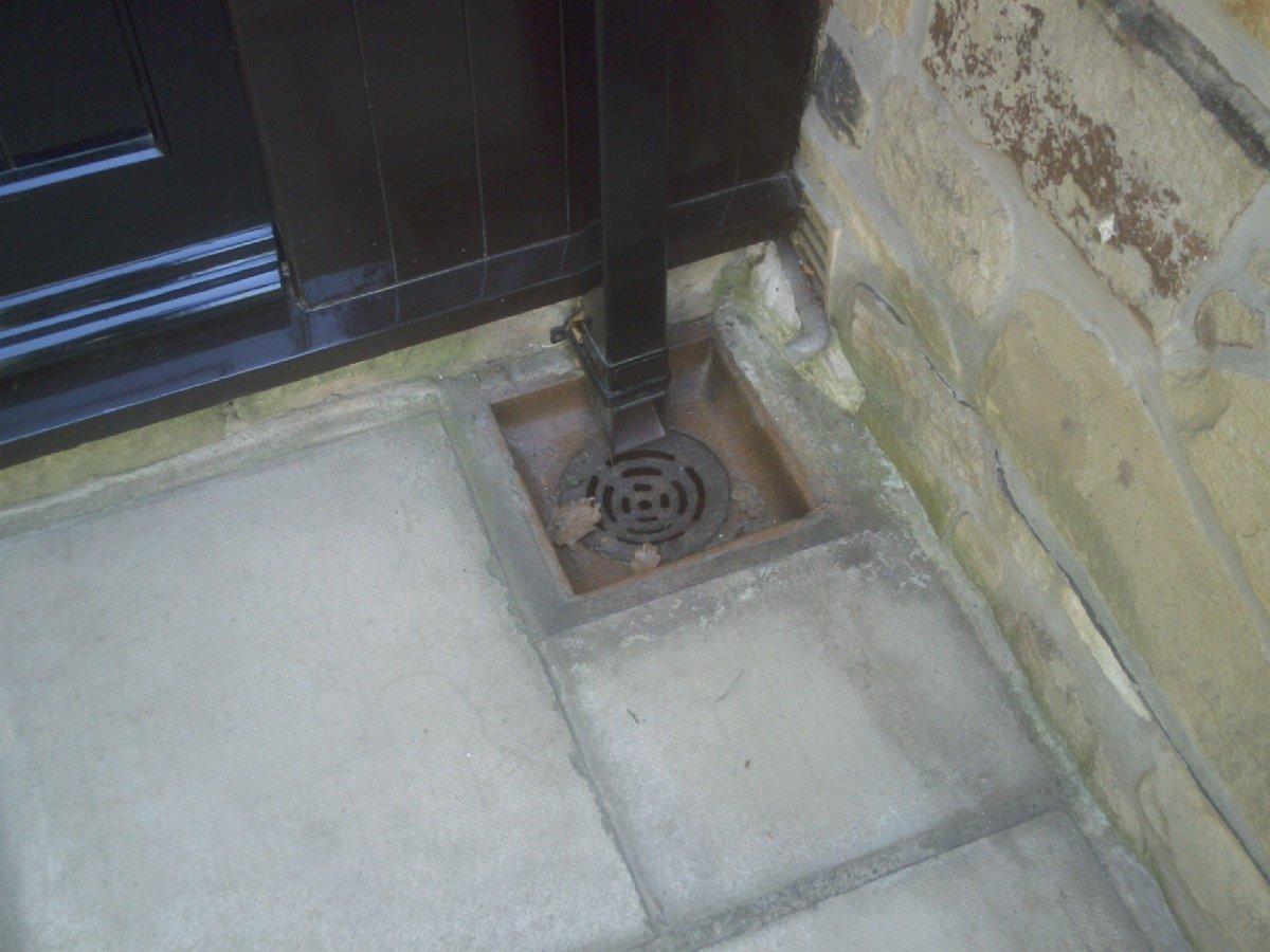 Drain repairs to patio area (15).JPG