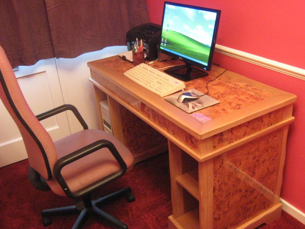 My desk_003.JPG