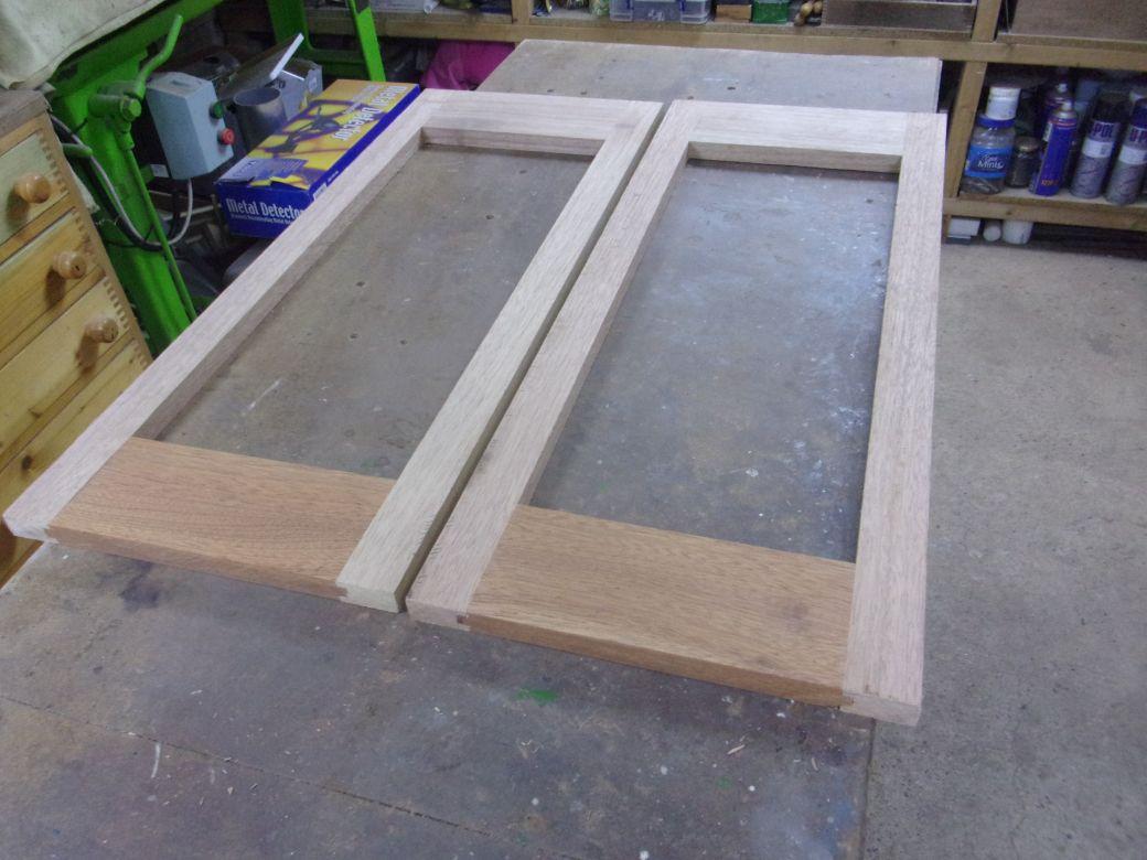Porch frames_0001_01.JPG